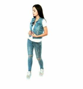 Жилетка джинсовая новая💐