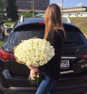 51 белая роза в упаковке
