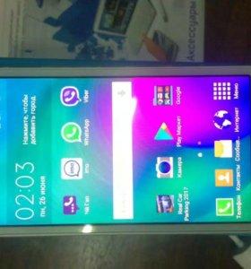 Samsung galaxy A3 duos Sim 4G новый