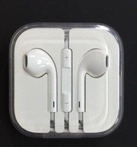 Гарнитура EarPods для Apple