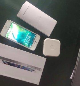 iPhone 5 16 gb полный комплект