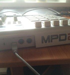 Midi - контроллер Akai MPD24