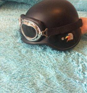 Байкерский шлем