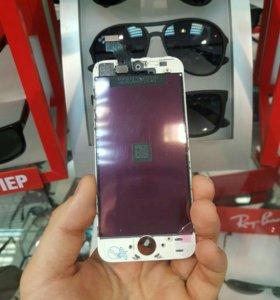 Дисплейный модуль на iPhone 5
