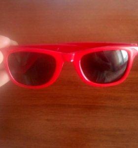 Продам новые очки на 3-5лет