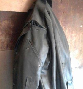 Куртка кожзам с подкладом, почти новая