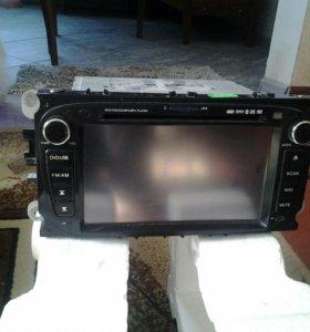 Магнитофон на форд фокус DVD, камера ,GPS