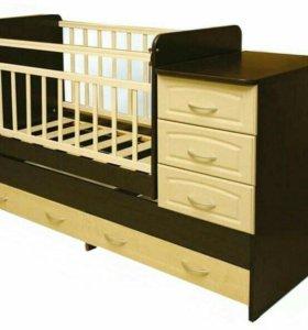 детска кровать с пеленальным столиком