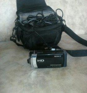 Видеокамера. Sony Handycam HD.