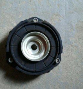 Опора переднего аммортизатора VW Passat B6