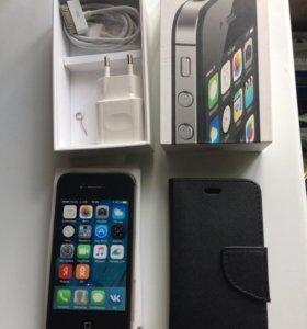 iPhone 4s, 8Гб.