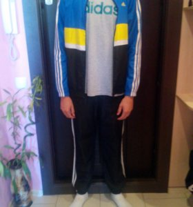 Спортивный костюм adidas оригинал!!!