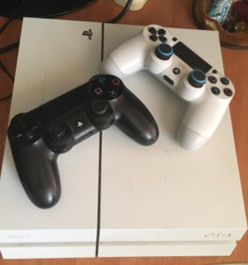 PlayStation 4 (PS4) 2геймпада