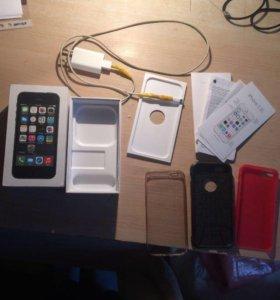 iPhone 5s 16G + 3 чехла