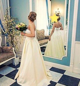 Атласное свадебное платье XS 40-42