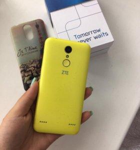 Телефон ZTE Blade X5