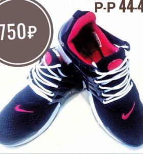 В наличие новые кроссовки Nike Presto