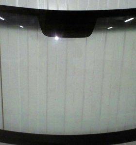 Лобовое стекло на Рено Логан(Renault Logan)