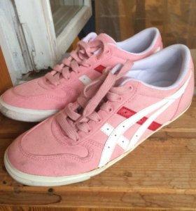 Розовые кроссовки asecs
