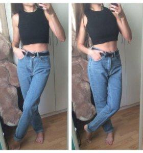 Стильные новые джинсы