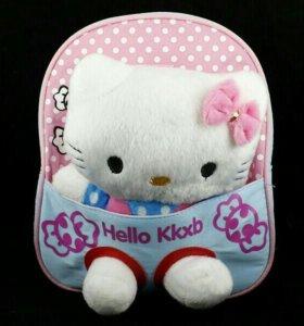 Детский рюкзак для девочки с игрушкой