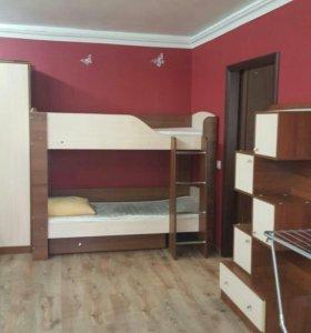 Двухярусная кровать+ 2 мотраса