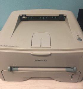 Продам ч/б лазерный принтер Samsung ML 1520