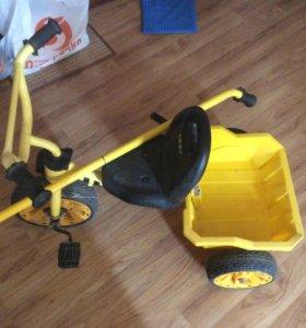 Велосипед детский трехколёсный
