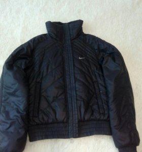 Куртка оригинальная nike р.42-44
