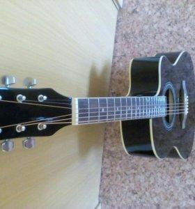 Гитара акустическая(новая)