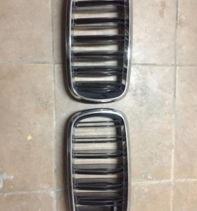 Решётка радиатора на BMW X5 оригинал новые.м паке