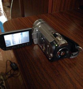 Видеокамера canon fs100