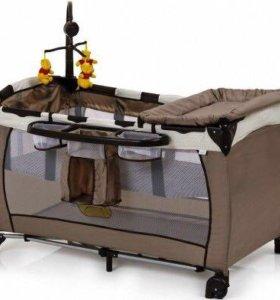 Кроватка-манеж-пеленальный столик