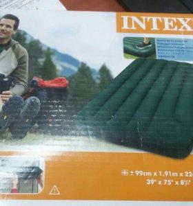 Надувной матрац Intex