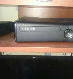 Продам x box 360 и 100 дисков с играми