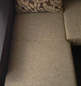 Часть углового П-образного дивана