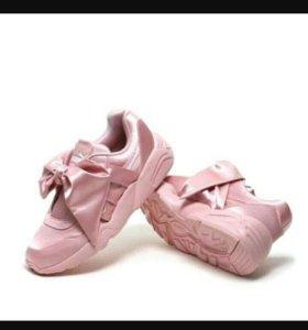 Кроссовки Puma Rihanna розовые