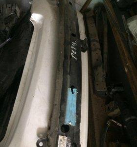 Усилитель переднего бампера Hyundai Getz