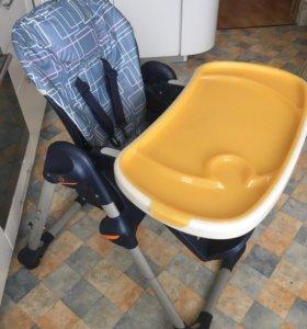 Детский стульчик Chicco Polly