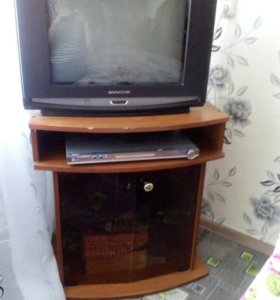 Тумба+ телевизор+LG видео плеер с функцией караоке