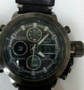 Крепкие и стильные часы для мужчины