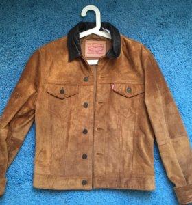 Замшевая куртка Levi's
