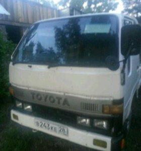 Продам грузовик Toyoace