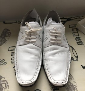 Итальянские туфли белые размер 42