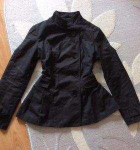 Лёгкая курточка Sela