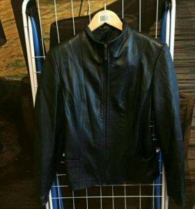 Куртка женская кожаная 44-46 рр.