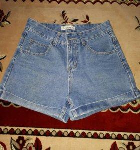 Джинсовые шорты с завышеной талией