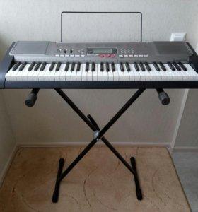 Синтезатор CASIO LK-230 + НОЖКИ