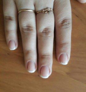 Наращивание и покрытие ногтей гелем