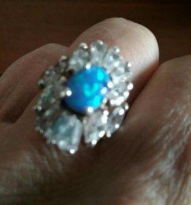 Кольцо серебрянное 925 пр. Размер 17-17,5